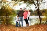 outdoor christmas portraits