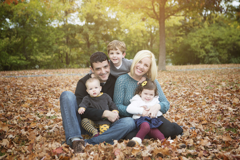 Outdoor Family Photo Color Schemes
